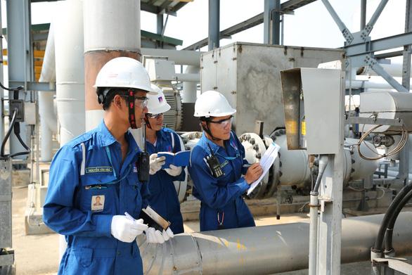 Hé lộ tình hình tài chính Lọc dầu Dung Quất sau dịch COVID-19 - Ảnh 1.