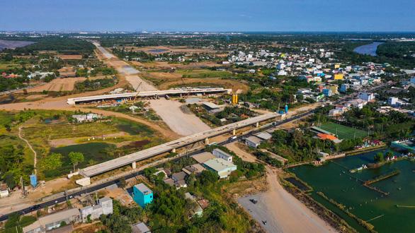 Dự án đường cao tốc Bến Lức - Long Thành: Nguy cơ mất vốn - Ảnh 1.
