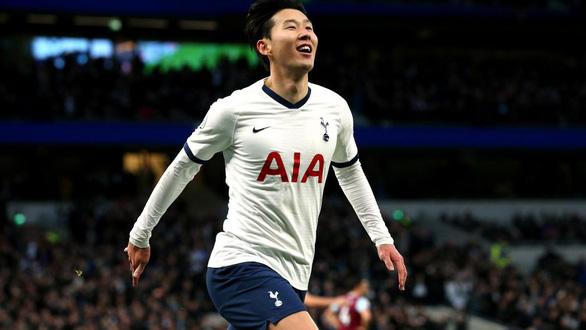 Son Heung Min là cầu thủ châu Á đầu tiên đoạt 4 danh hiệu cá nhân mùa giải 2019-2020 - Ảnh 1.