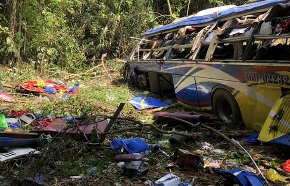 Kiến nghị thanh tra toàn diện công ty có xe khách rơi xuống vực làm 6 người chết - Ảnh 1.