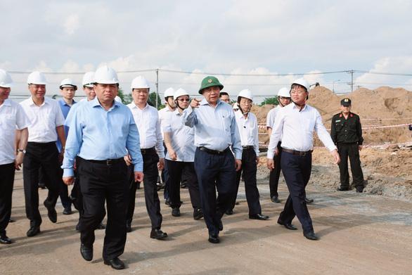 Thủ tướng yêu cầu bàn giao hơn 1.800ha đất xây sân bay Long Thành trong tháng 10 - Ảnh 4.