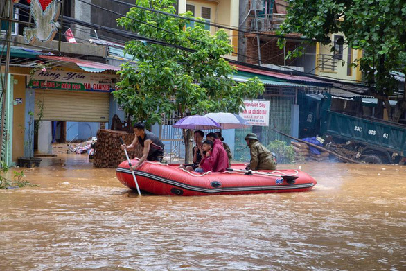 Thủ tướng: Khẩn trương khắc phục hậu quả mưa lũ làm 5 người chết ở Hà Giang - Ảnh 1.
