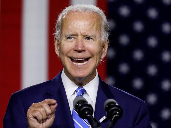 Sợ thua ông Biden, bên ông Trump mua đến 50.000 quảng cáo tranh cử - Ảnh 2.