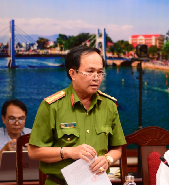 Vụ tai nạn 8 người chết ở Bình Thuận: chưa xác định được ai lái xe khách - Ảnh 2.