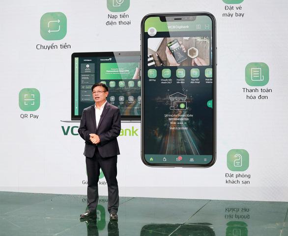Nhiều người dùng thích thú với dịch vụ mới của Vietcombank - Ảnh 1.
