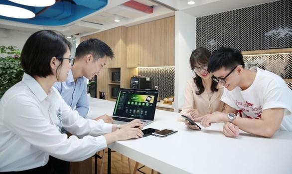 Nhiều người dùng thích thú với dịch vụ mới của Vietcombank - Ảnh 3.