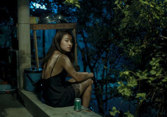Hoàng Thùy Linh - Mẹ đơn thân, nghi phạm giết người trong Trái tim quái vật - Ảnh 4.
