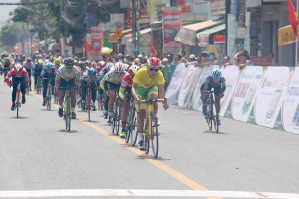 Lỡ cơ hội dự Olympic Tokyo, Nguyễn Thị Thật vô đối ở giải quốc nội - Ảnh 1.