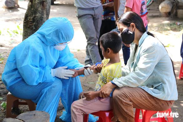 Sẽ có các tổ lưu động tiêm vắcxin phòng bạch hầu - Ảnh 1.