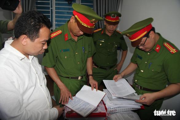 Bắt nghi can ăn tiền hỗ trợ người dân tộc thiểu số ở Nghệ An - Ảnh 1.