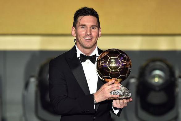 Hủy Quả bóng vàng: Công bằng hay bất công cho Messi, Lewandowski? - Ảnh 1.