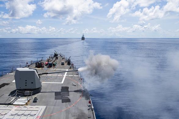 Nhóm Tứ giác kim cương tập trận trên biển, gởi thông điệp cứng tới Trung Quốc - Ảnh 6.