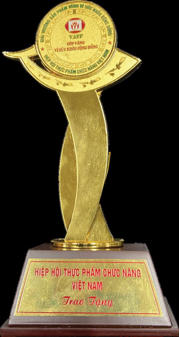 Herbalife Việt Nam nhận Giải thưởng Sản phẩm Vàng vì Sức khỏe Cộng đồng năm 2020 - Ảnh 1.