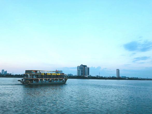 Đà Nẵng đầu biển cuối sông mà du lịch đường thủy lòng vòng như... trong ao - Ảnh 3.