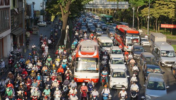 Hai dự án giải tỏa kẹt xe Tân Sơn Nhất giậm chân 3 năm chờ mặt bằng - Ảnh 1.