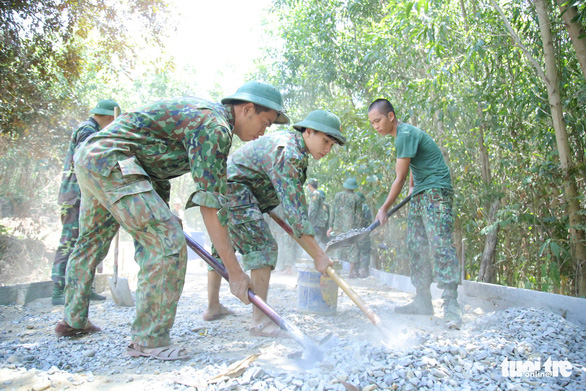 Phải đảm bảo an toàn tuyệt đối trong hoạt động tình nguyện hè - Ảnh 5.