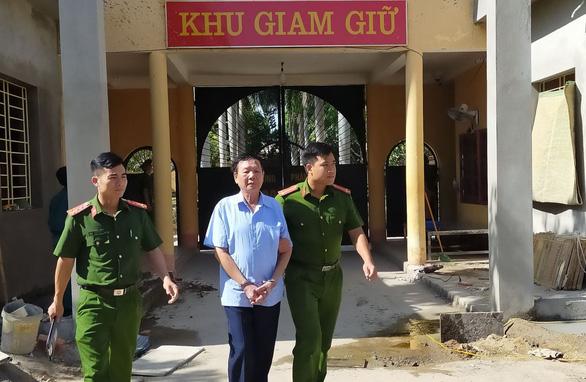 Tạm giam 3 tháng người đàn ông tung thư nặc danh vu khống nữ bí thư huyện ủy - Ảnh 1.