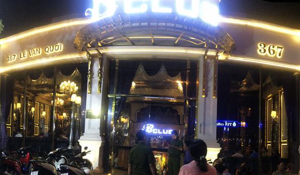 B-Club ở Bình Tân bị đột kích lần 2, vẫn có dân chơi dương tính ma túy - Ảnh 2.