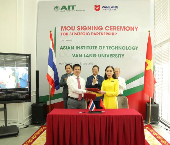 Đại học Văn Lang hợp tác chiến lược với Viện Công nghệ châu Á (AIT) - Ảnh 1.