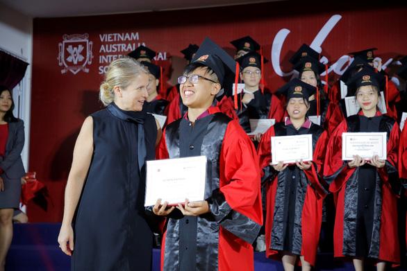 14 học sinh VAS đoạt học bổng du học tại Mỹ, Anh và Hà Lan - Ảnh 1.