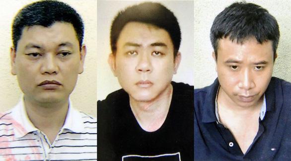 Vì sao thành viên tổ thư ký, tài xế của chủ tịch UBND TP Hà Nội bị bắt? - Ảnh 2.