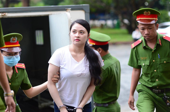 Trùm ma túy Văn Kính Dương xin lỗi con gái và người tình trước tòa - Ảnh 2.