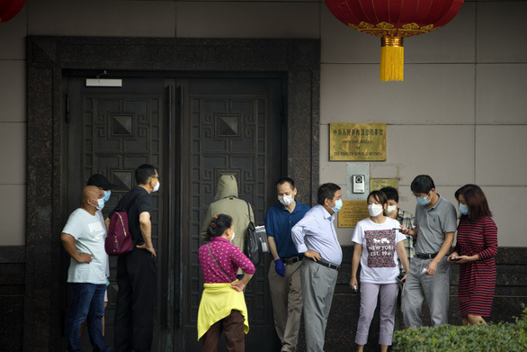 Trợ lý ngoại trưởng Mỹ: Lãnh sự quán Trung Quốc ở Houston có binh sĩ đội lốt sinh viên - Ảnh 1.