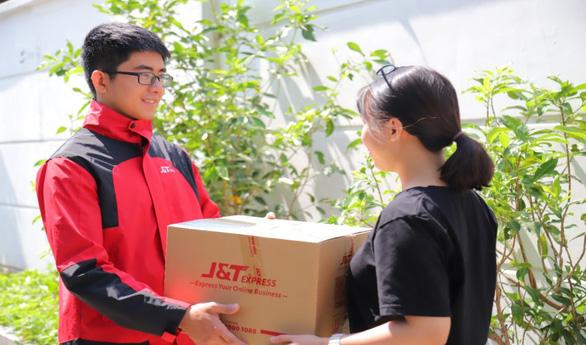 Chuyển phát nhanh J&T Express bắt tay cùng TrustSales - Ảnh 3.