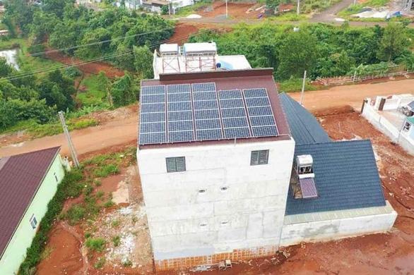 Đắk Nông đẩy mạnh phát triển điện mặt trời áp mái - Ảnh 4.