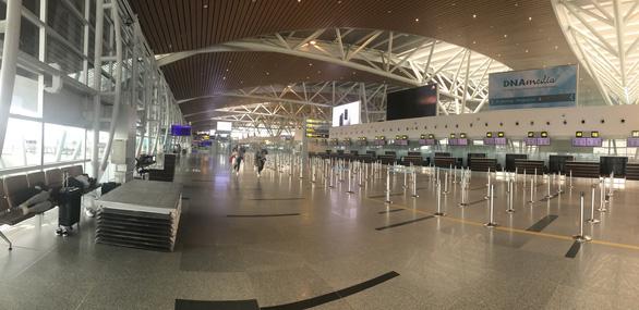 Dừng các chuyến bay quốc tế đến và đi từ sân bay Đà Nẵng - Ảnh 1.