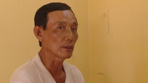 Bắt băng móc túi tuổi 60 ở nghĩa trang Hàng Dương, Côn Đảo - Ảnh 1.