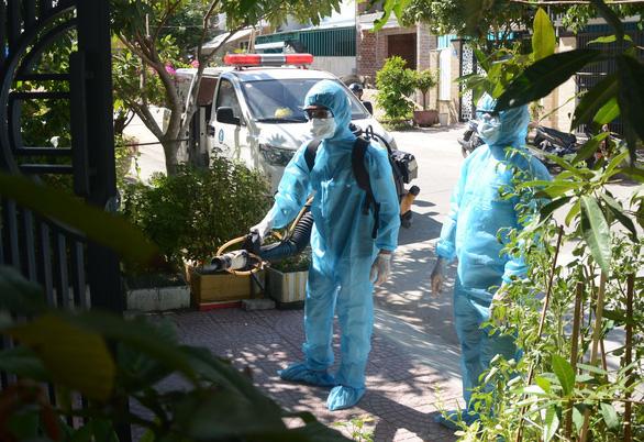 Ca bệnh ở Đà Nẵng làm xét nghiệm lần 5 vì chưa chắc bị COVID-19 - Ảnh 1.