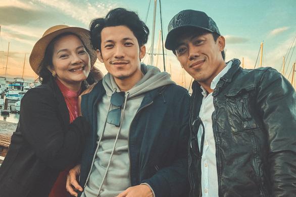 Đạo diễn Song Lang kể chuyện từ Việt Nam về Mỹ giữa tâm dịch COVID-19 - Ảnh 3.