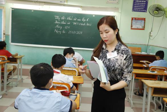 Sáng nay, gần 4.000 học sinh thi vào Trường chuyên Trần Đại Nghĩa - Ảnh 3.