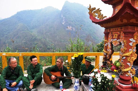 Tìm máu xương đồng đội ở chiến địa Vị Xuyên - Kỳ 3: Lời thề trên đá núi Vị Xuyên - Ảnh 3.