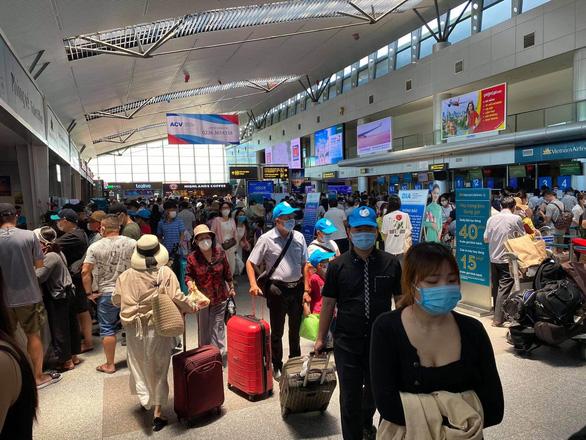 Hàng không hỗ trợ khách hoàn, đổi vé, tăng chuyến chặng Đà Nẵng như thế nào? - Ảnh 1.