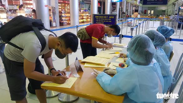 Huế tăng cường khai báo y tế phòng dịch tại các khách sạn - Ảnh 1.