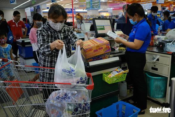 Đà Nẵng: Hàng hóa dồi dào, không xảy ra tình trạng mua thực phẩm ồ ạt - Ảnh 1.