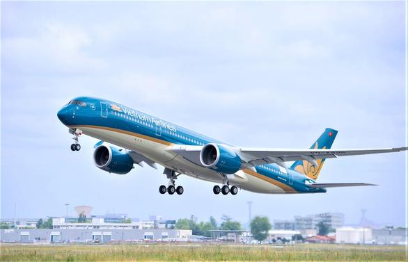 Hé lộ về chuyến bay ngày 28-7 đi đón 219 công dân với 129 ca dương tính COVID-19 - Ảnh 1.