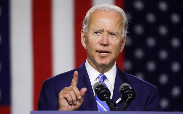 Ông Joe Biden tiếp tục dẫn điểm so với Tổng thống đương nhiệm Donald Trump - Ảnh 1.