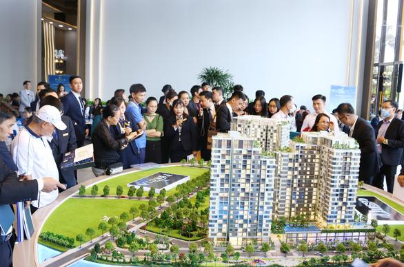 Thị trường BĐS hồi phục: căn hộ cao cấp Quận 2 là 'điểm sáng' - Ảnh 1.