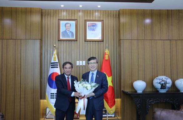 Đại học Quốc tế Hồng Bàng tri ân lãnh sự các nước tại TP.HCM - Ảnh 4.