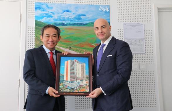 Đại học Quốc tế Hồng Bàng tri ân lãnh sự các nước tại TP.HCM - Ảnh 5.