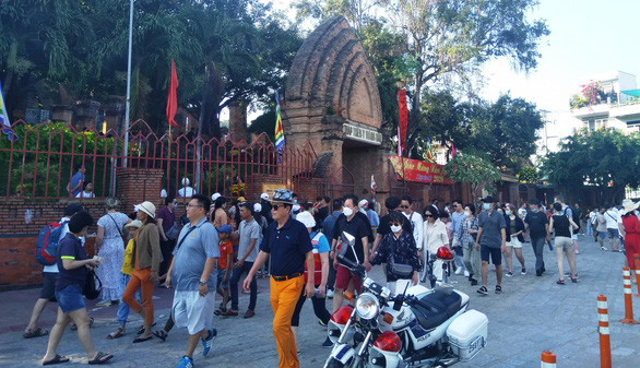Phát hiện thêm 4 người Trung Quốc ở bất hợp pháp tại Nha Trang - Ảnh 1.