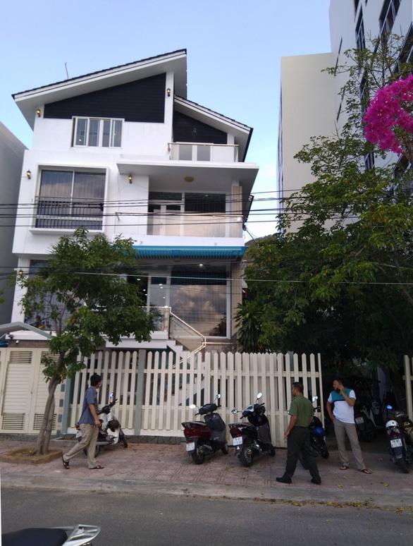 9 người Trung Quốc trong biệt thự ở Nha Trang: Ở khép kín, không ai biết họ làm gì - Ảnh 1.