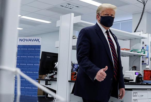 Ông Trump nói gì về việc cố vấn an ninh quốc gia mắc COVID-19? - Ảnh 1.