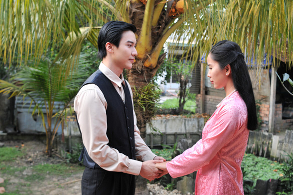 Yêu trong đau thương: Bella Mai trăn trở giữa yêu và hận - Ảnh 2.