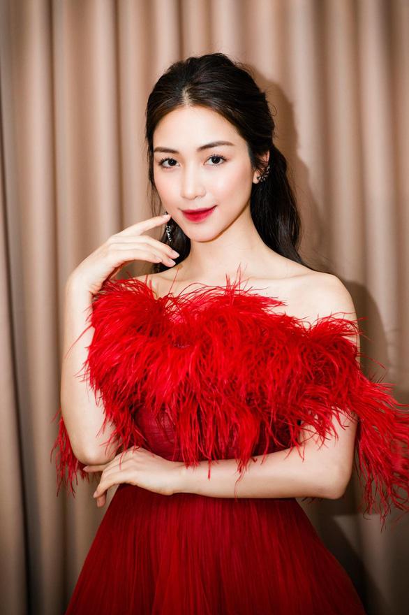 Hòa Minzy bị phạt 7,5 triệu đồng do đăng lại tin giả - Ảnh 1.