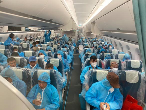 219 công dân từ Guinea Xích Đạo đã về đến khu cách ly - Ảnh 8.