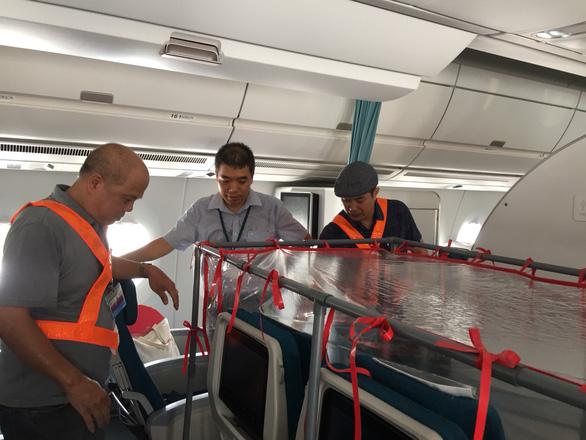 Buồng áp lực dương lọc virus trên chuyến bay đến Guinea Xích đạo - Ảnh 1.